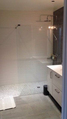 Salle de bains douche italienne réalisation sur mesure aménagement Lyon